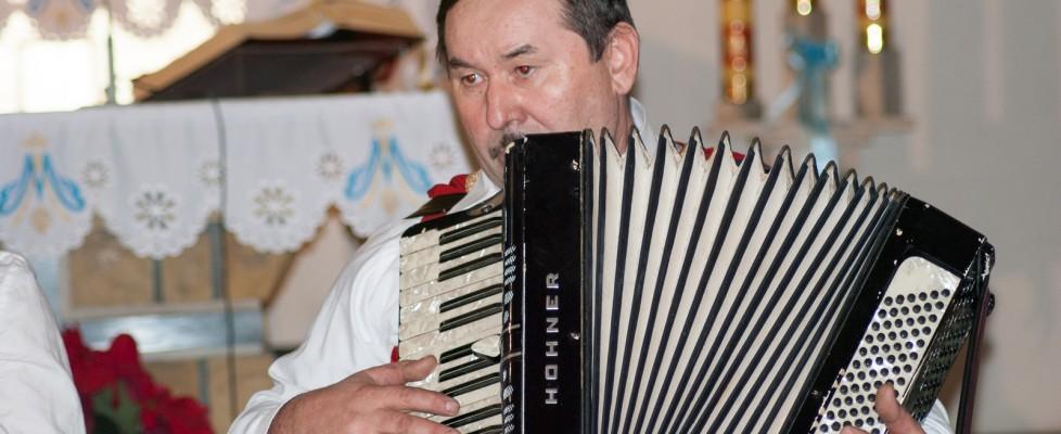 parafia mirów - muzyka, zespół ludowy