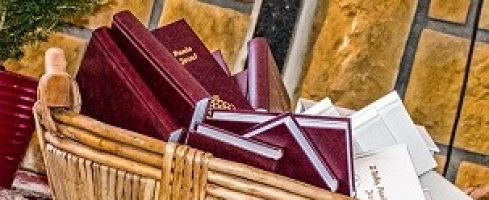 Poświęcenie książeczek donabożeństwa